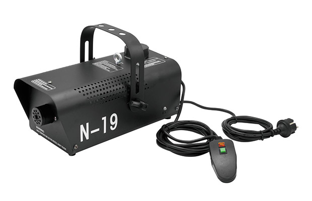 Eurolite N-19 Nebelmaschine mit Zubehör