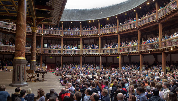 globe-theatre-david-welch-flickr